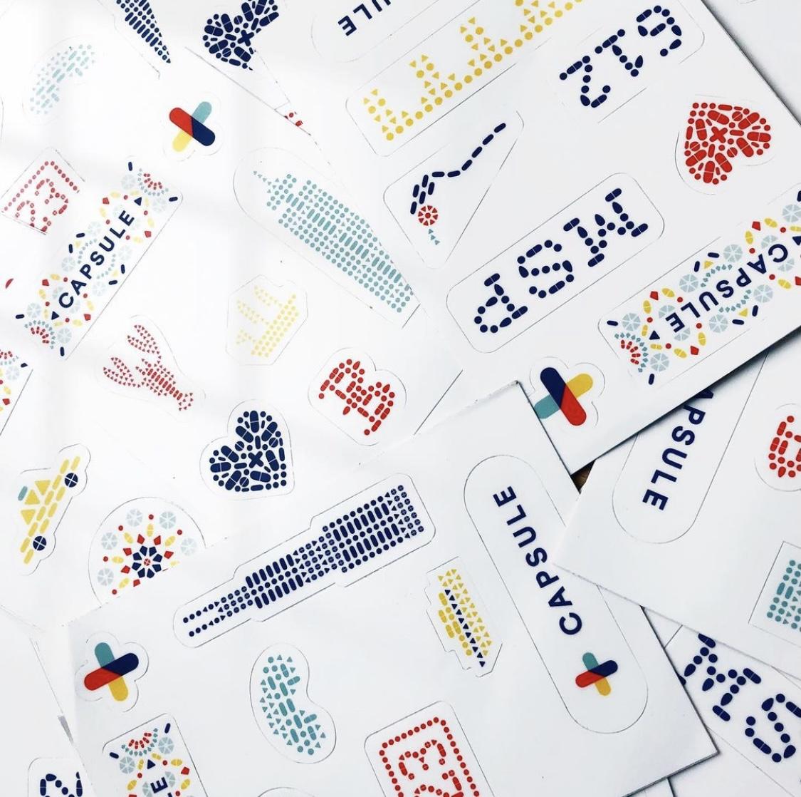Capsule-Stickers